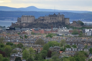 Which Haven Holidays Parks are near Edinburgh?